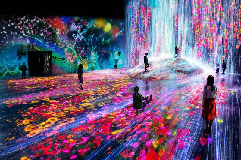 EXHIBITIONS | teamLab / チームラボ